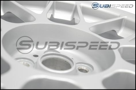 Apex Race Parts ARC-8 Race Silver 17x9 +42mm - 2013+ FR-S / BRZ / 86 / 2014+ Forester