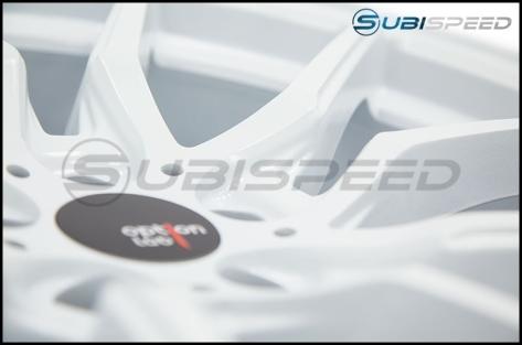 Option Lab R716 18x9.5 +35 Onyx White - 2013+ FR-S / BRZ / 86 / 2014+ Forester