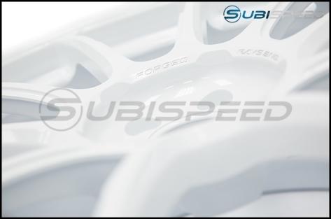 Volk ZE40 Dash White 18x9.5 +43 - 2013+ FR-S / BRZ / 86 / 2014+ Forester