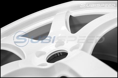 Rays Gram Lights 57CR Ceramic Pearl 18x9.5 +38 - 2013+ FR-S / BRZ / 86 / 2014+ Forester